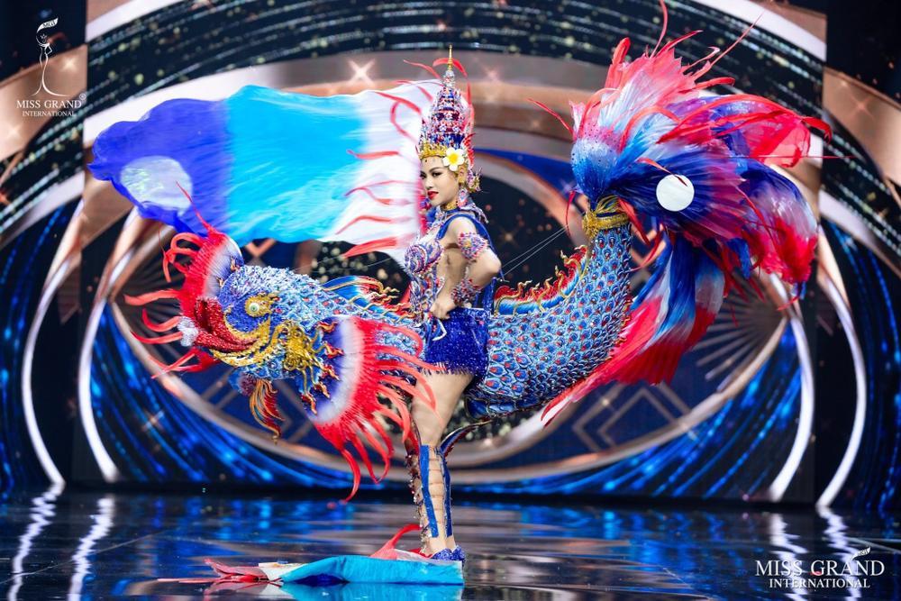 6 lí do khiến được fan trông chờ nhất tại Miss Universe 2020: Khánh Vân có đủ 'yêu thương' để intop Ảnh 16