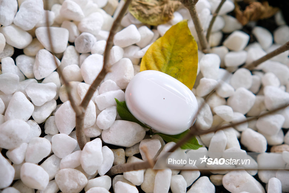 Trên tay tai nghe OPPO Enco X: Thiết kế ấn tượng, âm thanh Dynaudio, hỗ trợ chống ồn chủ động Ảnh 10