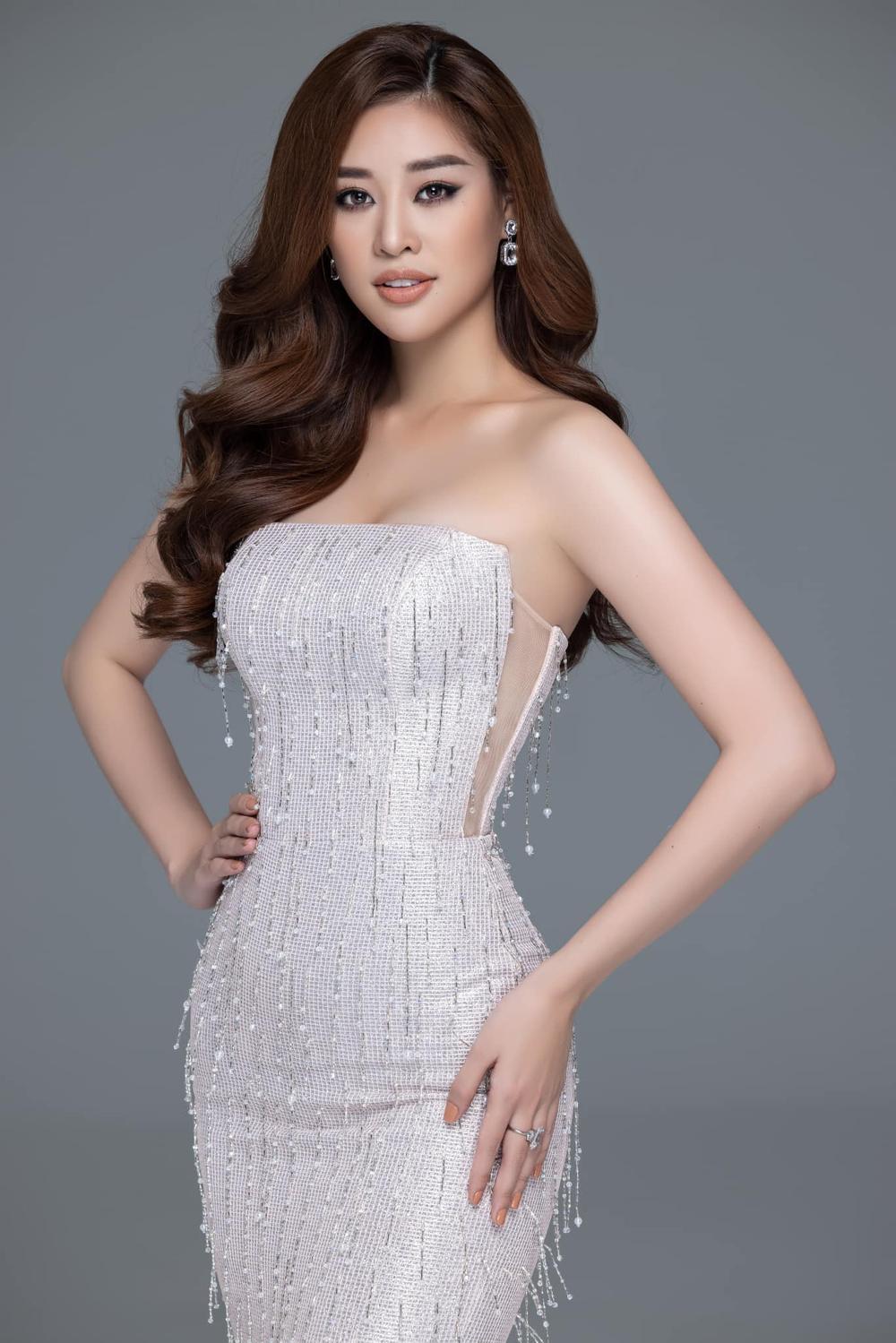 'Kén Em' lộ diện, fan khen National Costume của Khánh Vân tại Miss Universe không kém cạnh đối thủ nào Ảnh 8