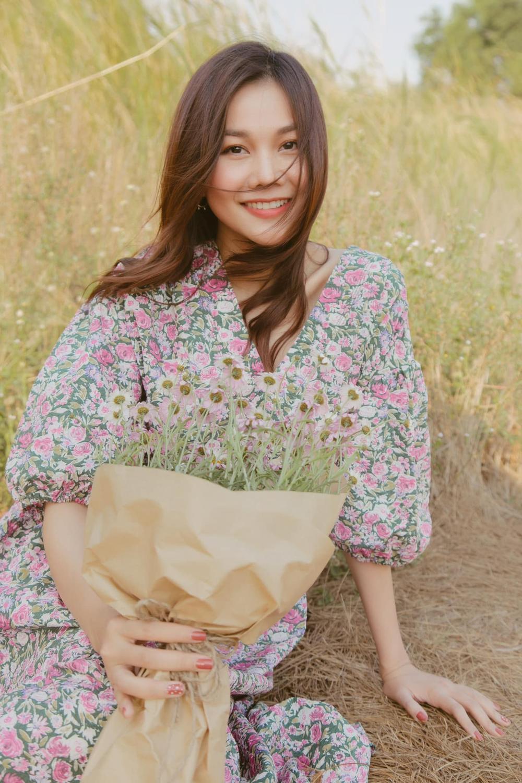 Cuốn hút mỗi ngày với váy áo hoa ngọt lịm như chị đẹp Thanh Hằng Ảnh 6