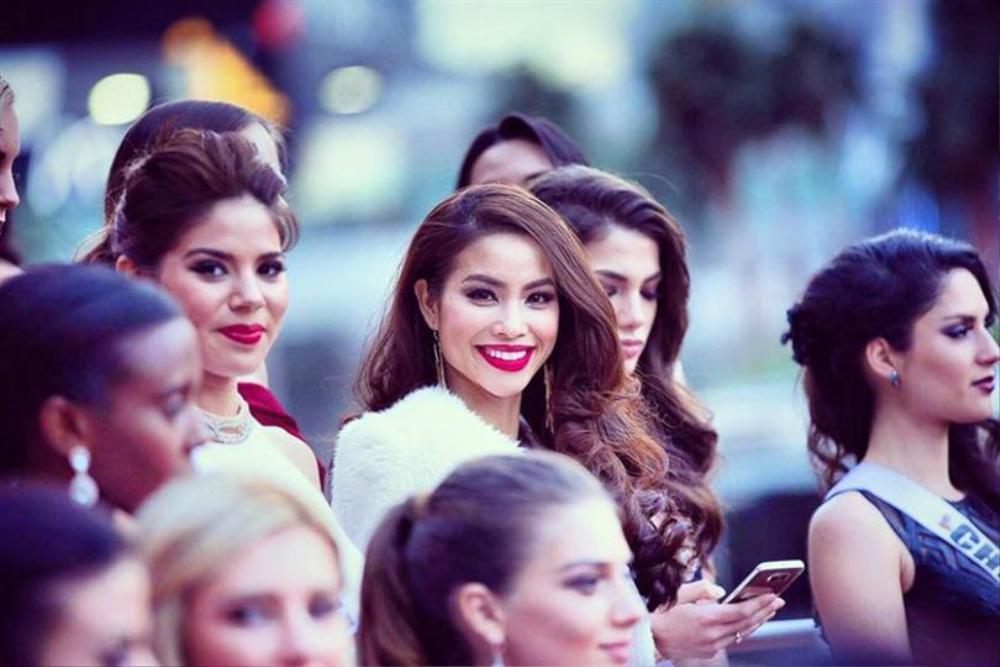 Hoàng My nhắc nhở Khánh Vân: Tuyệt đối không chen hàng, giành vị trí chụp hình khi thi Miss Universe Ảnh 9
