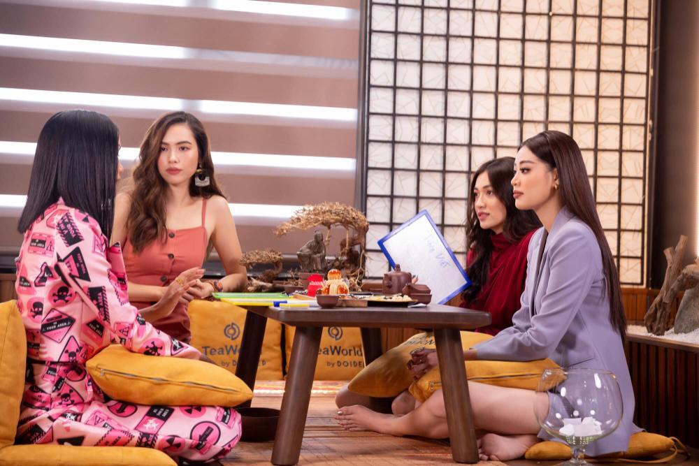 Hoàng My nhắc nhở Khánh Vân: Tuyệt đối không chen hàng, giành vị trí chụp hình khi thi Miss Universe Ảnh 3