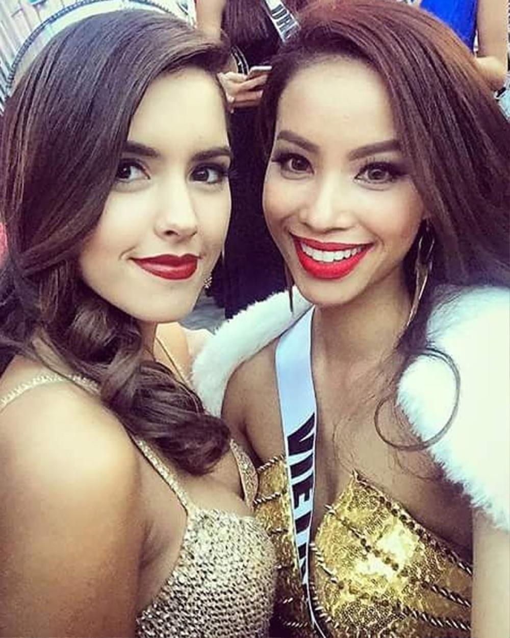 Hoàng My nhắc nhở Khánh Vân: Tuyệt đối không chen hàng, giành vị trí chụp hình khi thi Miss Universe Ảnh 10
