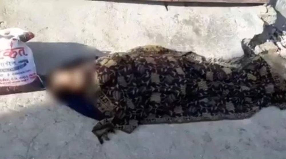 Thảm cảnh 'địa ngục trần gian' tại Ấn Độ: Mẹ già bị con trai bỏ mặc ngoài đường đến c.h.ết vì Covid-19 Ảnh 2