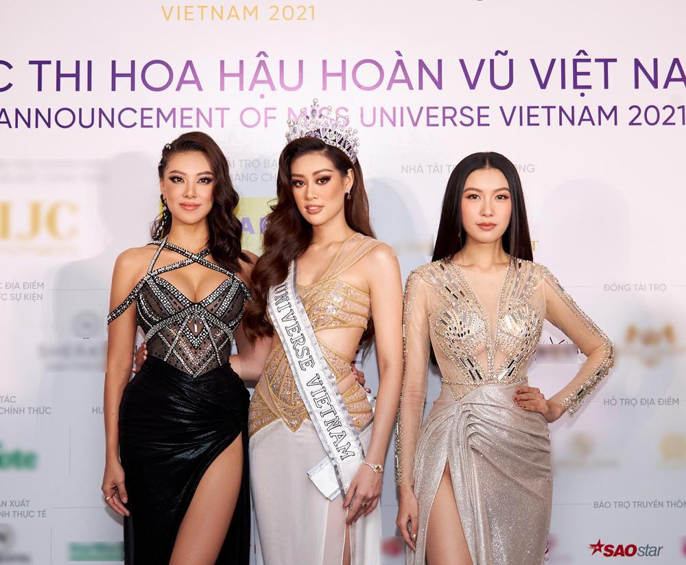 H'Hen Niê - Hoàng Thùy - Thúy Vân - Kim Duyên rạng rỡ đến cổ vũ Khánh Vân chinh chiến Miss Universe 2020 Ảnh 1