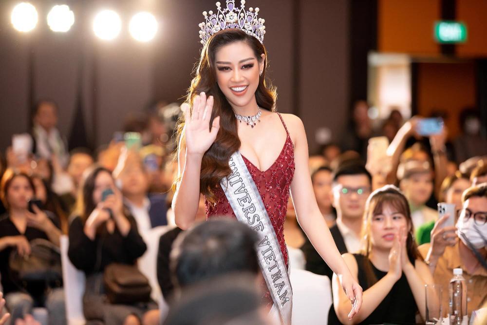 Hoa hậu Phương Khánh: 'Khánh Vân ấm áp và rất can đảm, cô ấy sẽ tiến rất xa tại Miss Universe' Ảnh 8