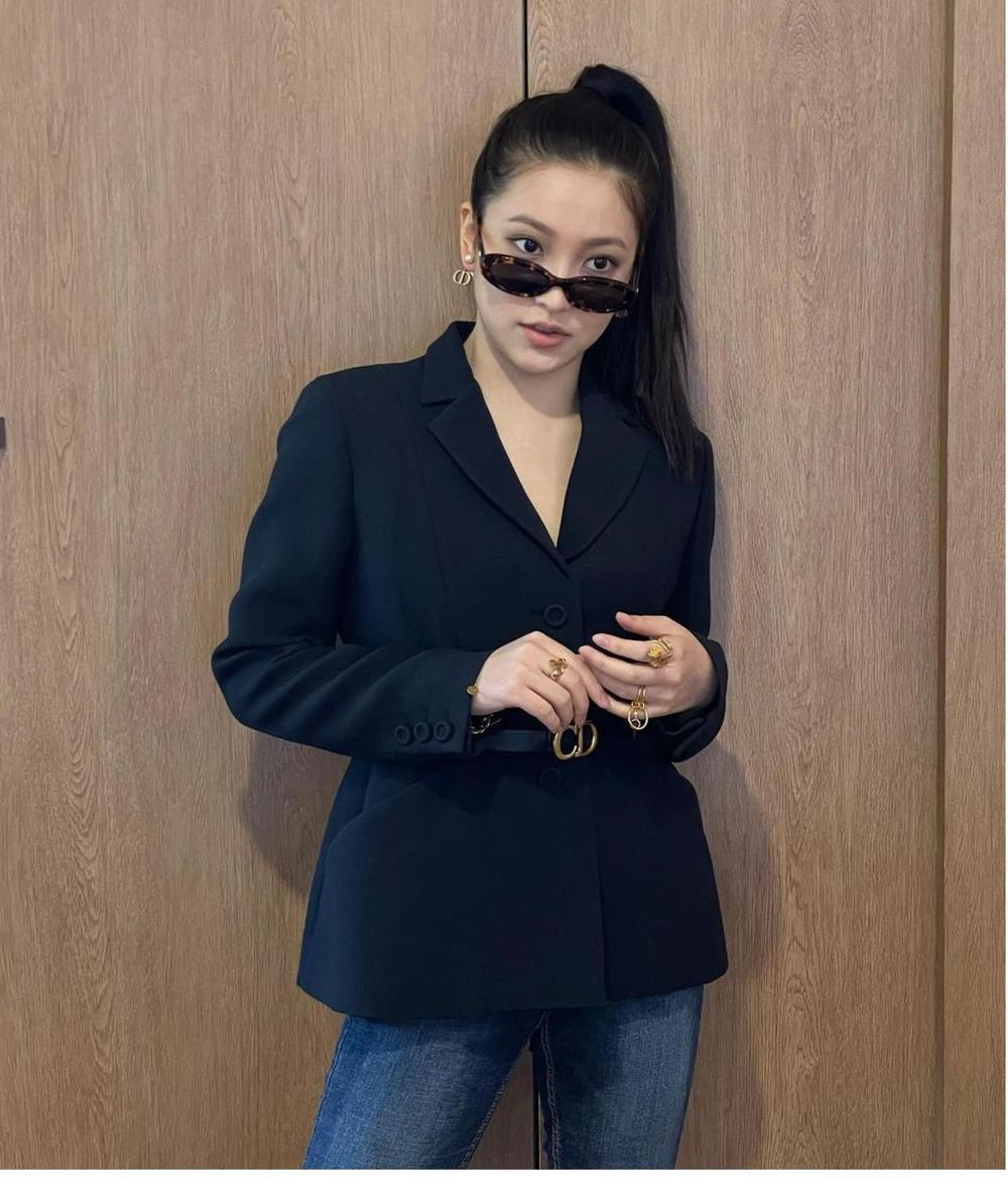 Thần thái Yeri (Red Velvet) bị chê lép vế hơn hẳn so với Jessica Jung & Jisoo khi đụng áo Dior Ảnh 1
