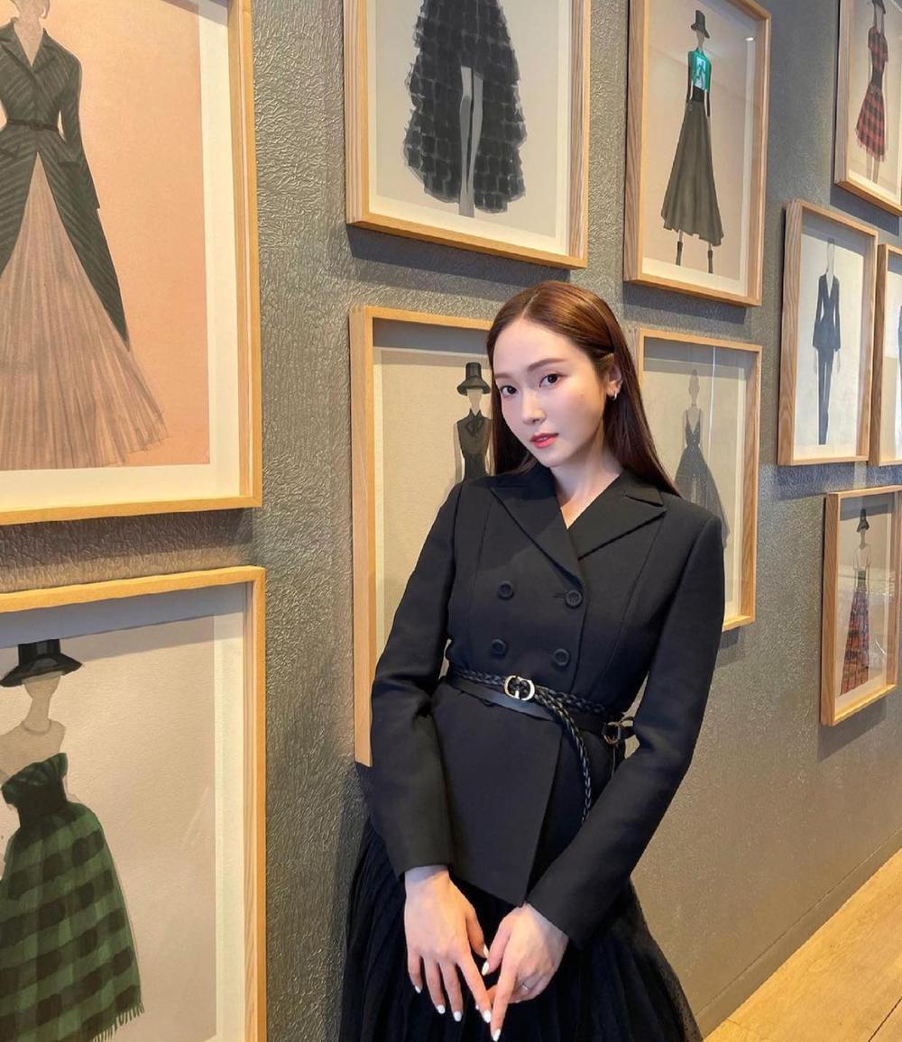 Thần thái Yeri (Red Velvet) bị chê lép vế hơn hẳn so với Jessica Jung & Jisoo khi đụng áo Dior Ảnh 5