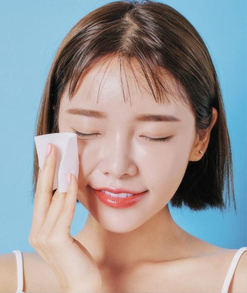 Bí quyết rửa mặt 10 phút để có làn da không tuổi của người Nhật Ảnh 1