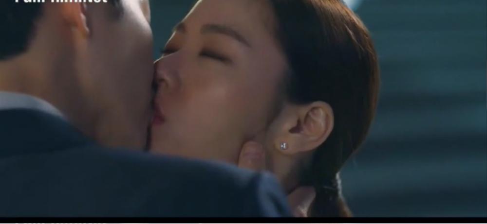 'Vincenzo' tập cuối: Song Jong Ki rời xa Jeon Yeo Bin sau khi triệt hạ Babel Ảnh 57