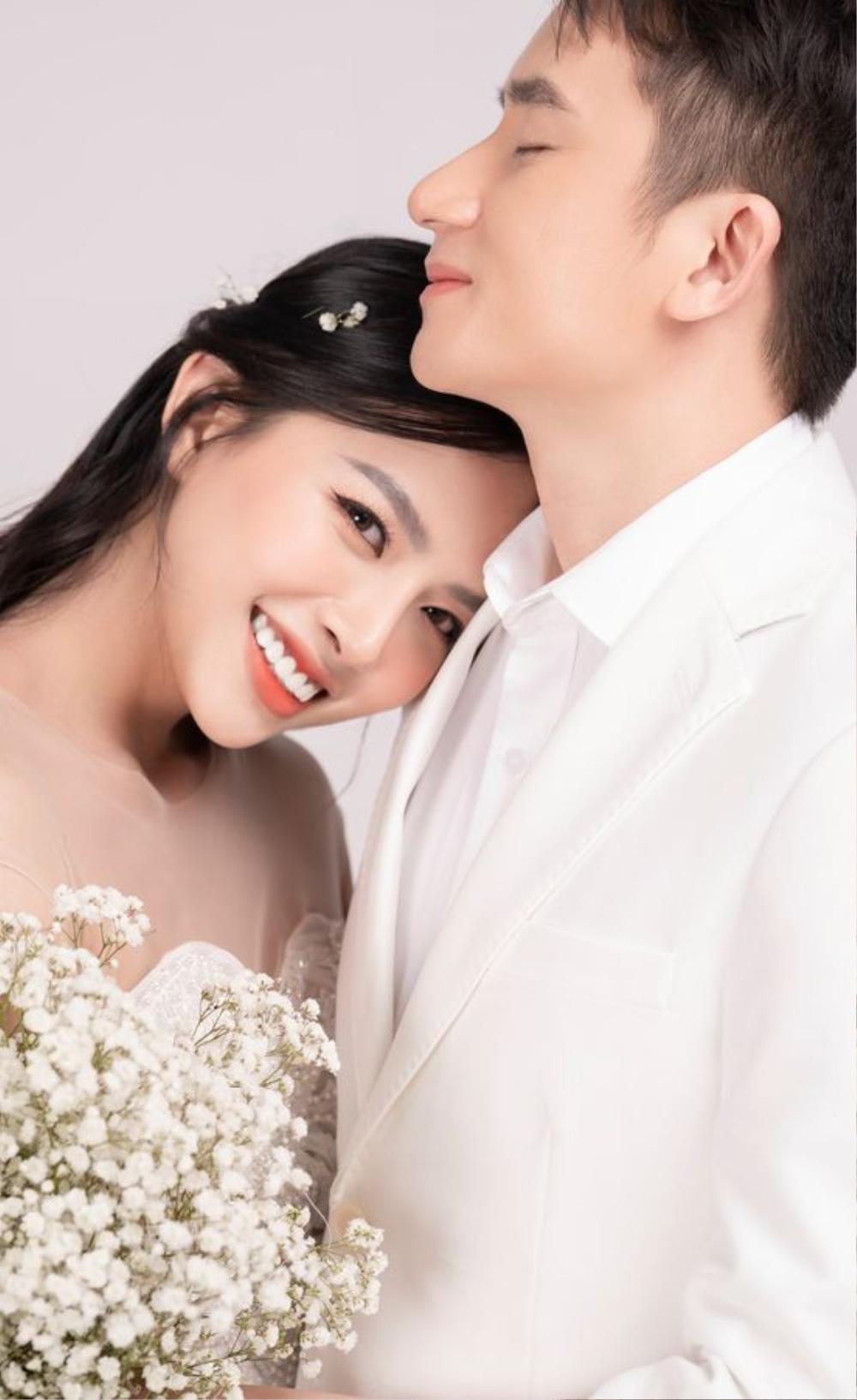 saostar s2j3gl6xxgwrl1gv Phan Mạnh Quỳnh hoãn đám cưới ở Sài Gòn vì dịch Covid 19