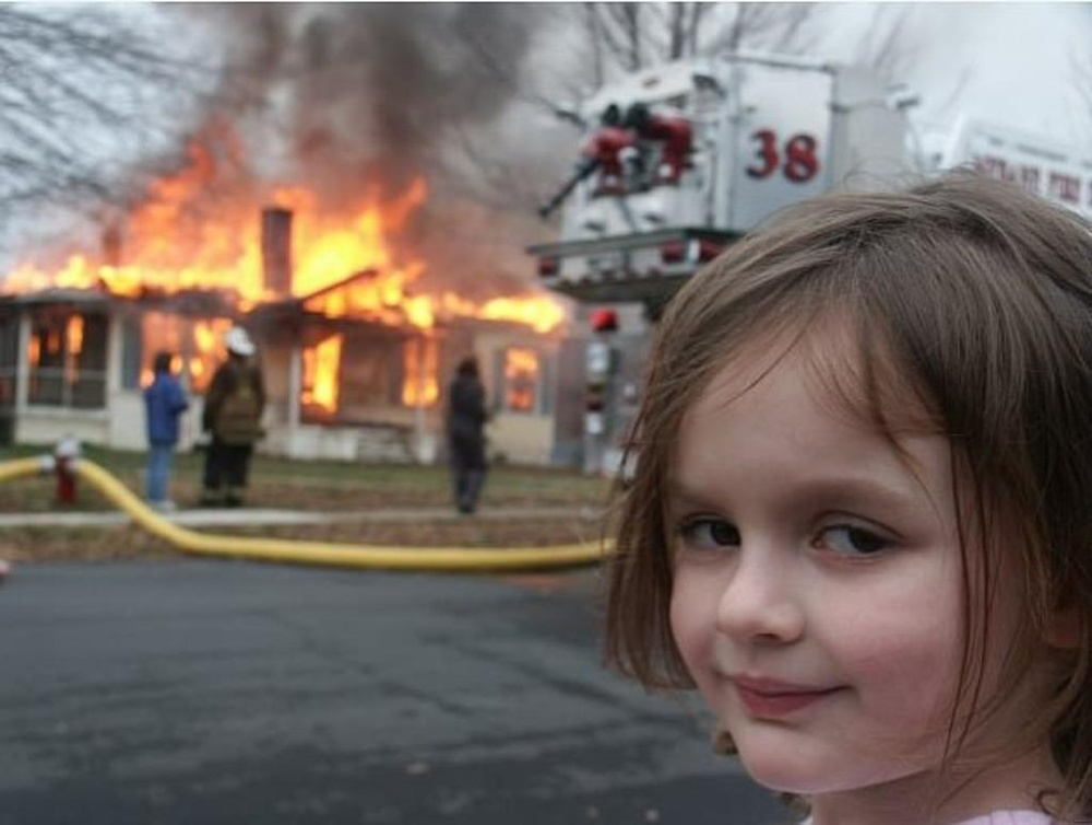 Hiện tượng ảnh chế 'cô bé thảm họa' kiếm gần nửa triệu USD nhờ bán ảnh meme gốc của chính mình Ảnh 1