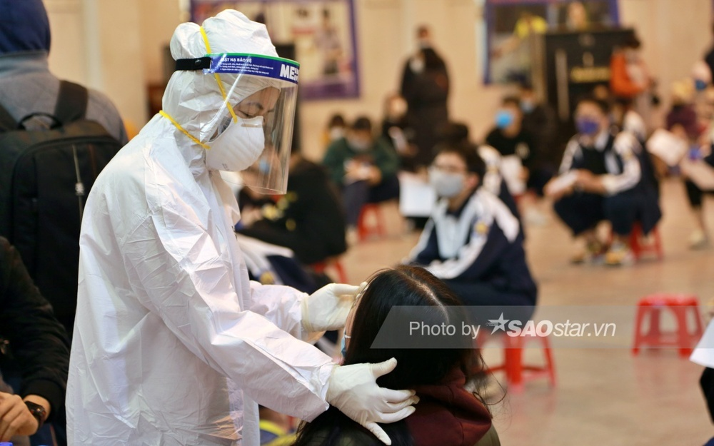 Hà Nội ghi nhận thêm ca nhiễm Covid-19 cùng chuyến bay với 2 bệnh nhân người Trung Quốc Ảnh 1