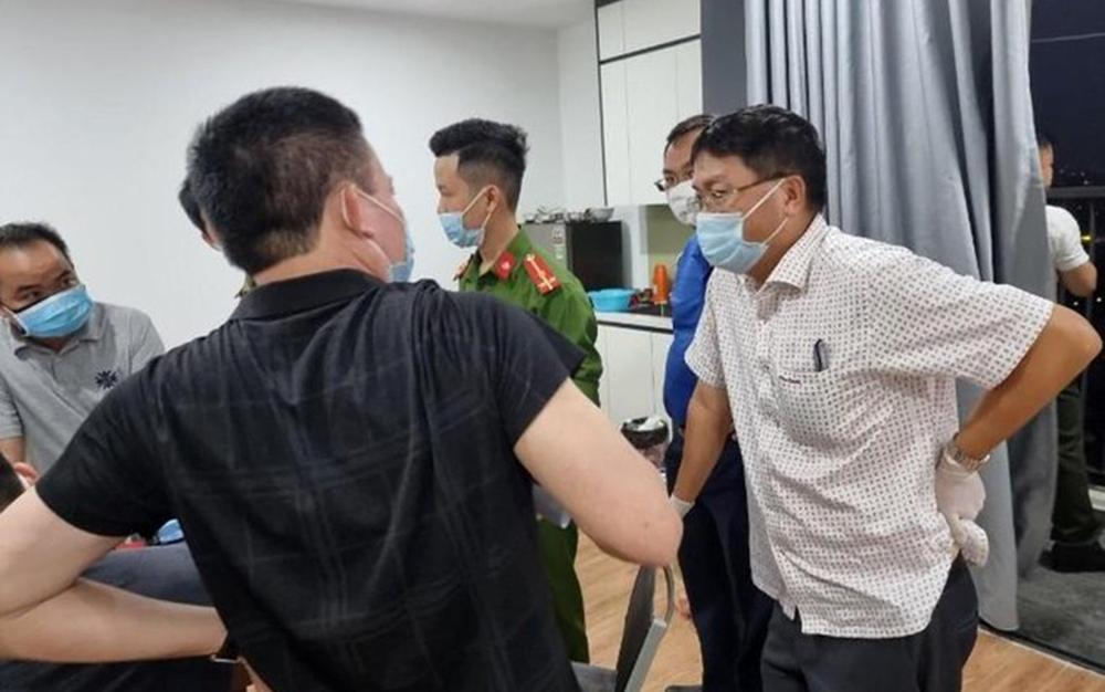 Tiếp tục phát hiện 12 người Trung Quốc nhập cảnh trái phép, 11 người cố thủ không chịu mở cửa ở Hà Nội Ảnh 1