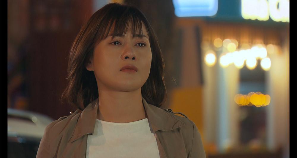 'Hương vị tình thân': Khán giả khóc cạn nước mắt trước tình cảnh éo le của cha con Công Lý - Phương Oanh Ảnh 4