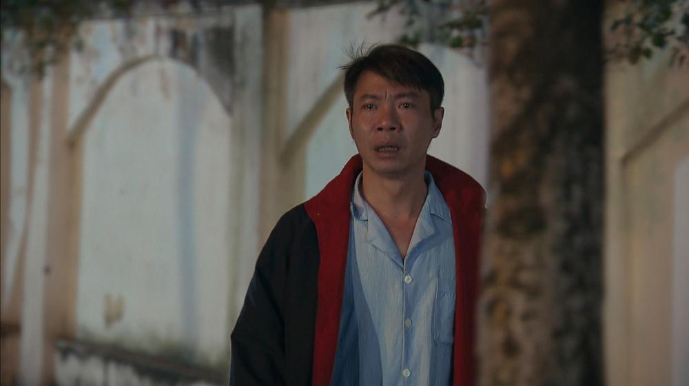 'Hương vị tình thân': Khán giả khóc cạn nước mắt trước tình cảnh éo le của cha con Công Lý - Phương Oanh Ảnh 7