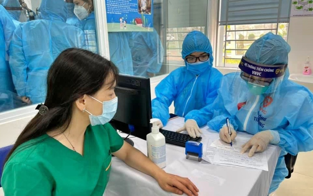 Bệnh viện Nhiệt đới Trung ương ngừng tiếp nhận bệnh nhân, tiến hành xét nghiệm toàn bộ nhân viên Ảnh 1