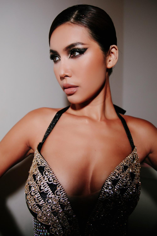 H'Hen Niê mạnh tay chi 20 triệu, Minh Tú ủng hộ 1000 vote để đưa Khánh Vân chắc suất Top 21 Miss Universe Ảnh 6