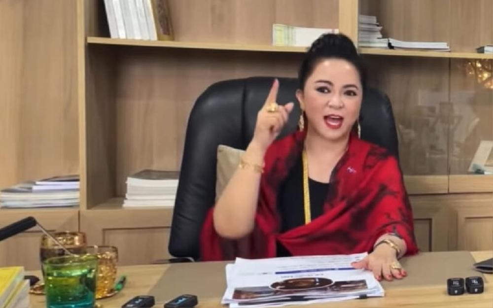 Huỳnh Ngọc Thiên Hương lại tố bà Phương Hằng đi mượn 20 tỷ, lên giọng thách thức: 'Đố em bắt được đó' Ảnh 1