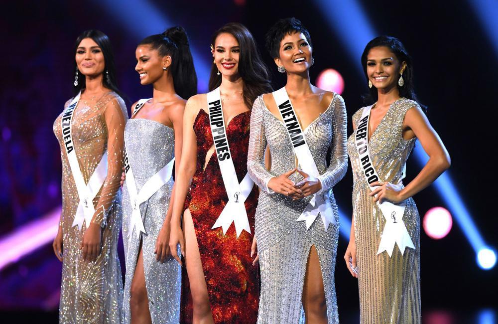 8 chủ đề hùng biện cực gắt cho Top 5 Miss Universe: Khánh Vân đã sẵn sàng lan tỏa trái tim yêu thương? Ảnh 11