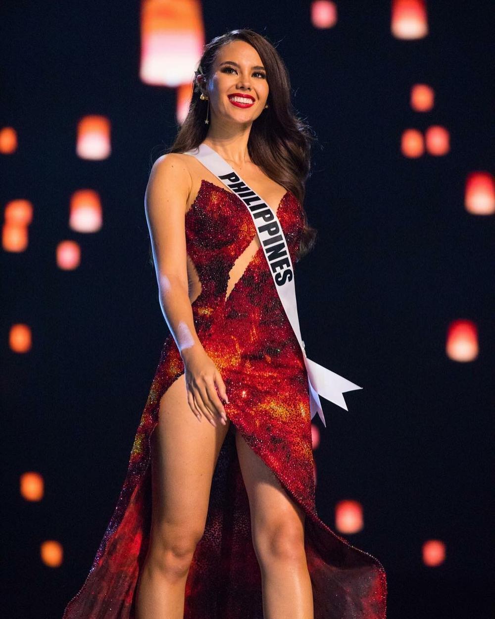 8 chủ đề hùng biện cực gắt cho Top 5 Miss Universe: Khánh Vân đã sẵn sàng lan tỏa trái tim yêu thương? Ảnh 6