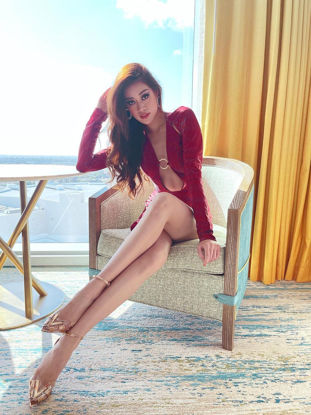 Hoa hậu Khánh Vân gây 'tê liệt' khi liên tục khoe rãnh bụng nét căng và vòng eo nổi múi Ảnh 8