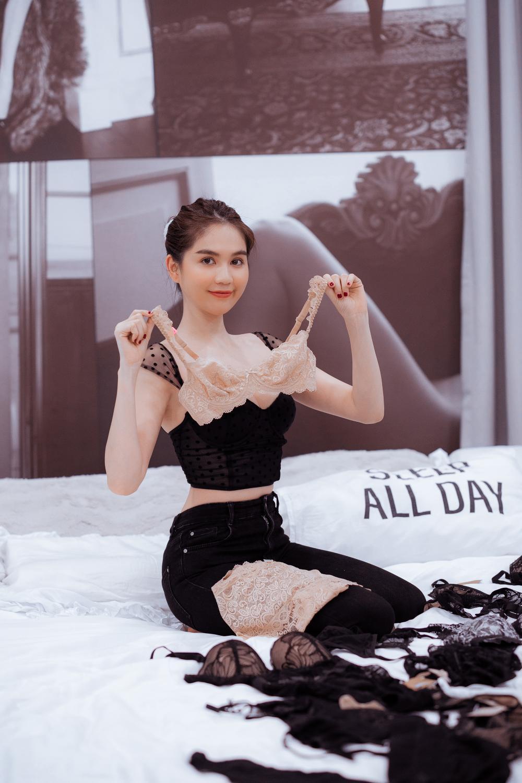 Ngọc Trinh tự tay thiết kế đồ lót, khẳng định thương hiệu 'Nữ hoàng nội y' Ảnh 3