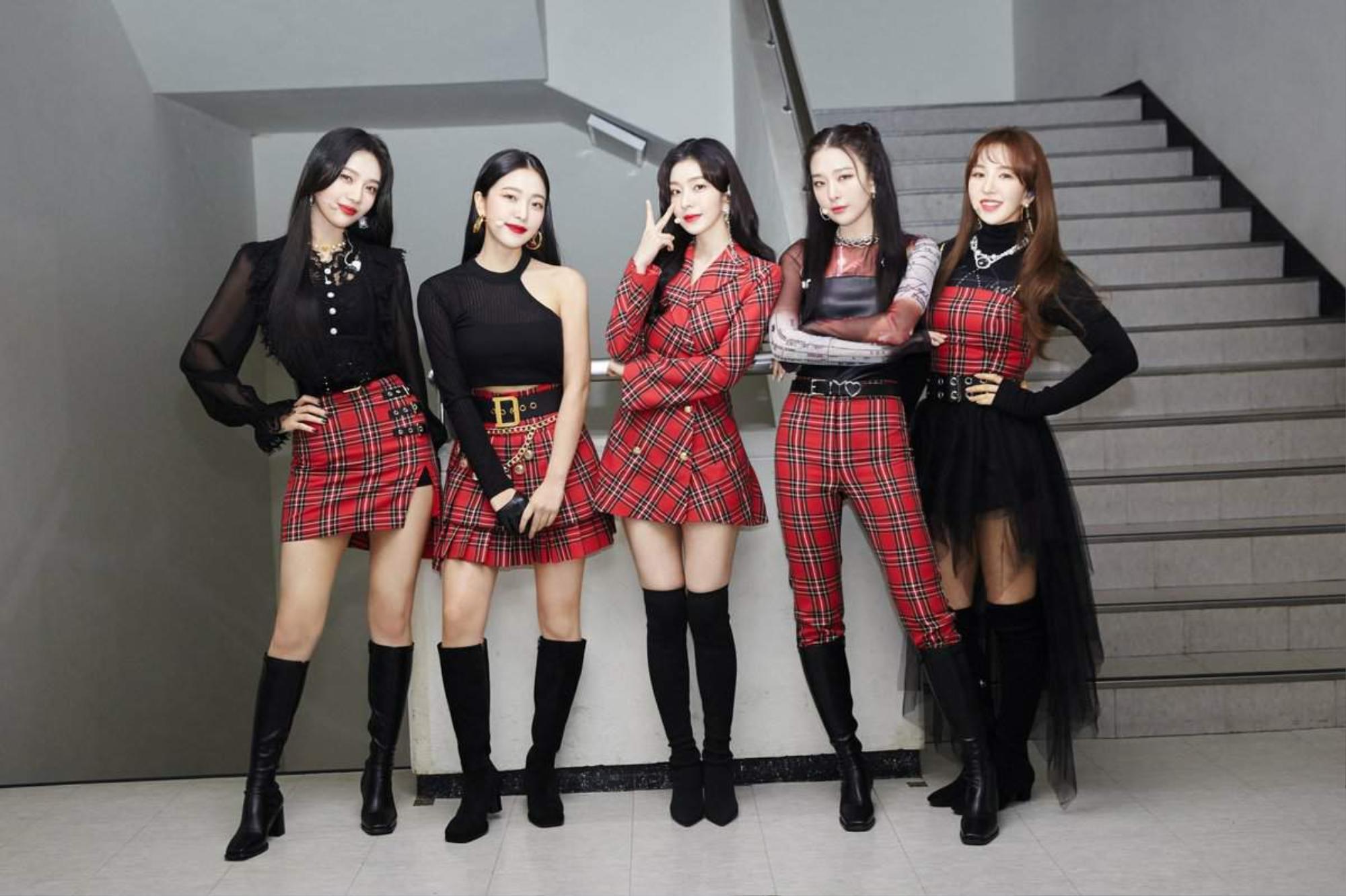 Phỏng vấn độc quyền JOY (Red Velvet): 'So với lúc làm việc 5 người, tôi thấy áp lực và trách nhiệm hơn' Ảnh 7