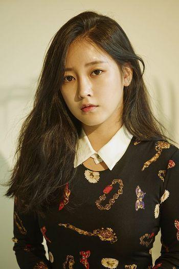 Mới đây Soyeon (T-ara) đã thông báo về việc chuẩn bị album solo đầu tay.