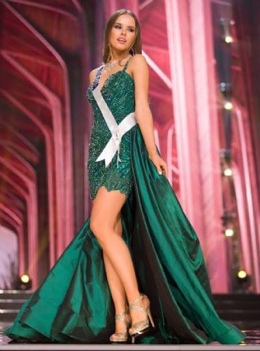 Chiếc váy khá độc đáo cộng với màn trình diễn thuyết phục nhưng bấy nhiêu đó chưa đủ để cô có mặt trong top 16.