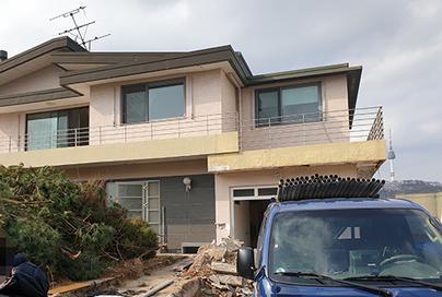 Song Joong Ki  Song Hye Kyo phủ nhận phá bỏ căn nhà tân hôn ở Itaewon ảnh 1