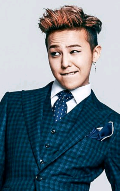 [K-Star]: Despite being enlisted in the military, G-Dragon is said to still earn about 1.4 billion won (about 1.17 million USD) in 2018