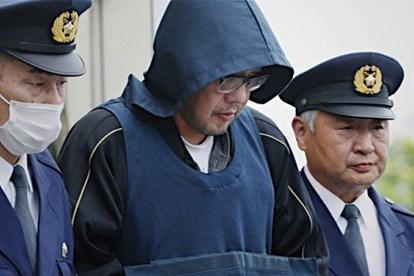 Yasumasa Shibuya bị cảnh sát áp giải năm 2017. Ảnh: Japan Today