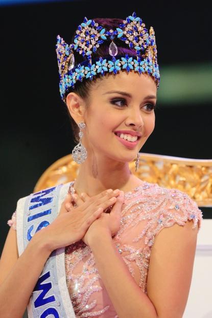 Thời điểm dự thi Miss World 2013, Megan Young tỏ ra vô cùng nổi bật và luôn là cái tên được dự đoán có khả năng đăng quang cao nhất. Côtrở thành người Philippines đầu tiên đăng quang Hoa hậu Thế giới.