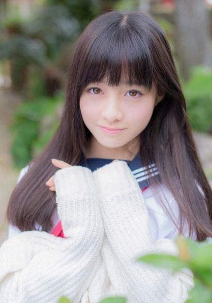 Kanna Hashimoto, sinh năm 1999 là biểu tượng nhan sắc nổi tiếng của Nhật Bản.