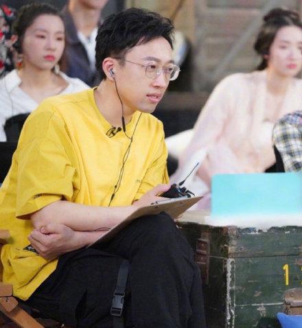 Vu Chính chê diễn xuất trong phim rạp khiến nữ diễn viên trả lại tiền vé, dân mạng đoán là Mã Tư Thuần ảnh 2