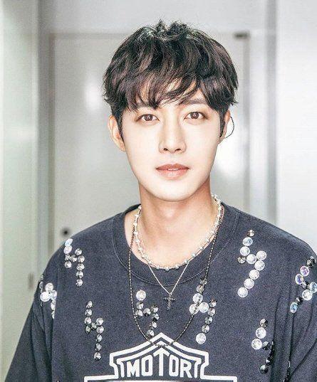 The Last Empress vừa kết thúc, cận vệ Choi Jin Hyuk liền tham gia dự án mới  Kim Hyun Joong làm người đồng tính? ảnh 4