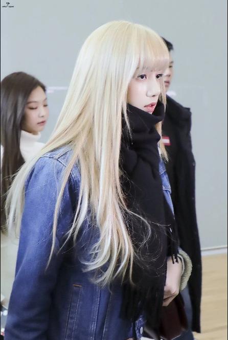 Những nàng Rapunzel sở hữu mái tóc dài quyến rũ của Kpop ảnh 2