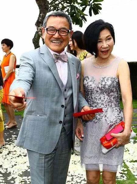 Nhân ngày của cha, Dương Mịch mượn Tiểu Gạo Nếp để tặng quà cho cha chồng cũ, bày tỏ lòng biết ơn khi đã nuôi dạy, trông nom con gái mình? ảnh 1