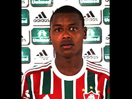 Nạn nhân là Gabriel Costa thuộc đội U17 của CLB Fluminense. Anh mất tích ngày 16/5/2013 nhưng đến một tuần sau, đội điều tra mới tìm thấy thi thể gồm 4 phần của tài năng trẻ, bị vứt tại 4 khúc sông khác nhau.