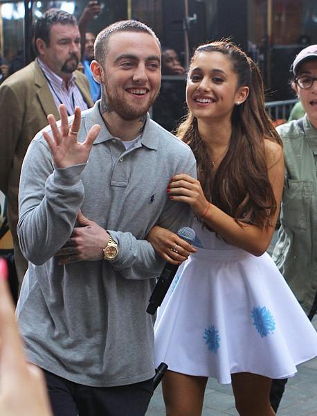 Câu chuyện đau buồn của Mac Miller vẫn chưa nguôi ngoai đối với Ariana.