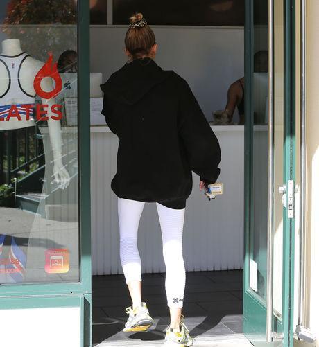 Được biết, đây là nơi tập yêu thích của Selena Gomez. Trước đây Selena từng nhiều lần đi cùng Justin tới phòng gym này.
