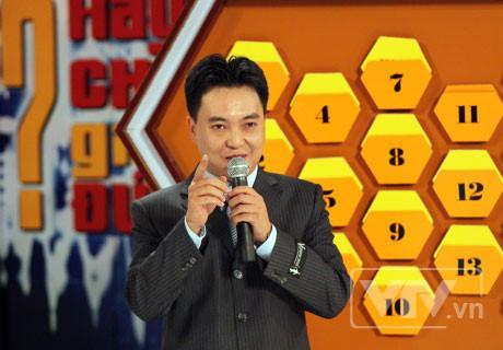 """MC Lưu Minh Vũ tại chương trình """"Hãy chọn giá đúng""""."""
