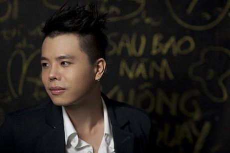 Ca sĩ Trịnh Thăng Bình lúc mới vào nghề có gương mặt khô cứng.