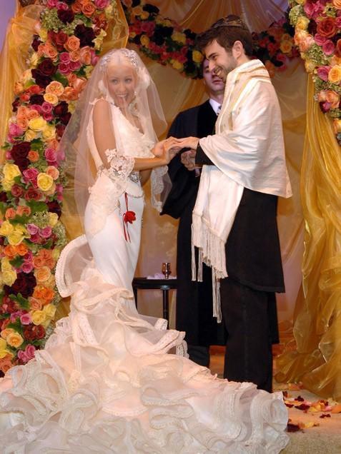 """Đám cưới """"sang chảnh"""" của nữ ca sĩ đình đám Xtina có chi phí xấp xỉ 2 triệu USD."""