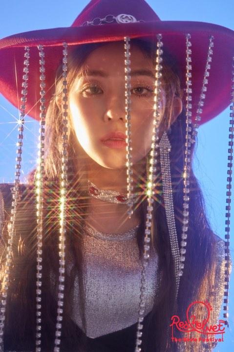 Red Velvet tung ảnh teaser comeback với thành viên đầu tiên là chị cả Irene.