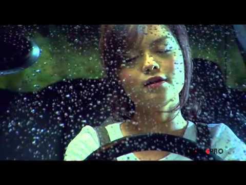 Hình ảnh Phạm Quỳnh Anh trong MV Bụi bay vào mắt.