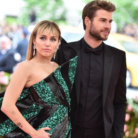 Miley Cyrus và Liam Hemsworth chính thức chia tay.