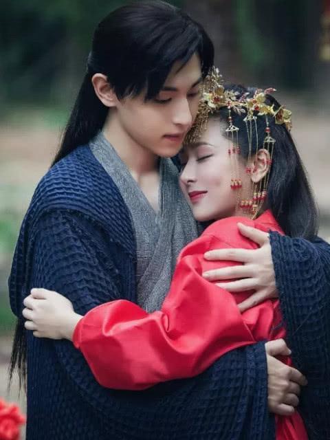 Sau 'Hương mật tựa khói sương', Đặng Luân và Dương Tử tái hợp trong Mười năm thương nhớ? ảnh 1