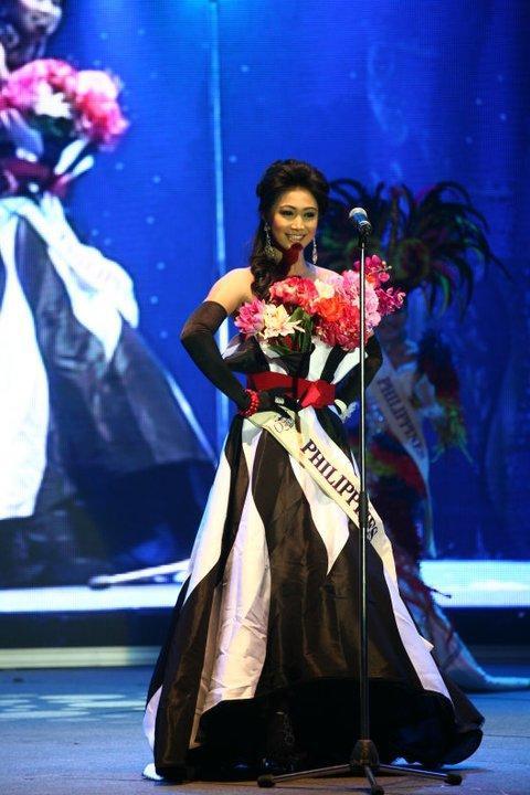 Bộ trang phục của Hoa hậu Philppines năm 2010 chính là thiết kế đẹp nhất.